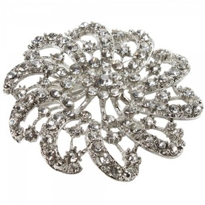 Vintage Inspired Floral Design Rhinestone Brooch Pin
