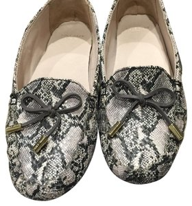 Cole Haan Black and white Flats