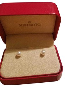Mikimoto Beautiful Mikimoto Pearl Earrings 18K