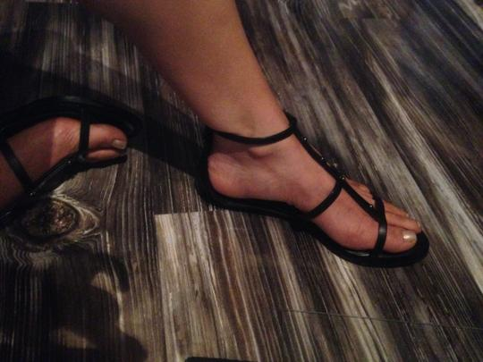 BCBGMAXAZRIA Bcbg Low Wedge Black Sandals
