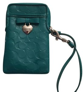 Coach Wristlet in Turquoise/Green