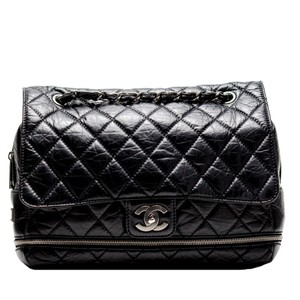 Chanel Jumbo Classic Flap Maxi Vintage Shoulder Bag