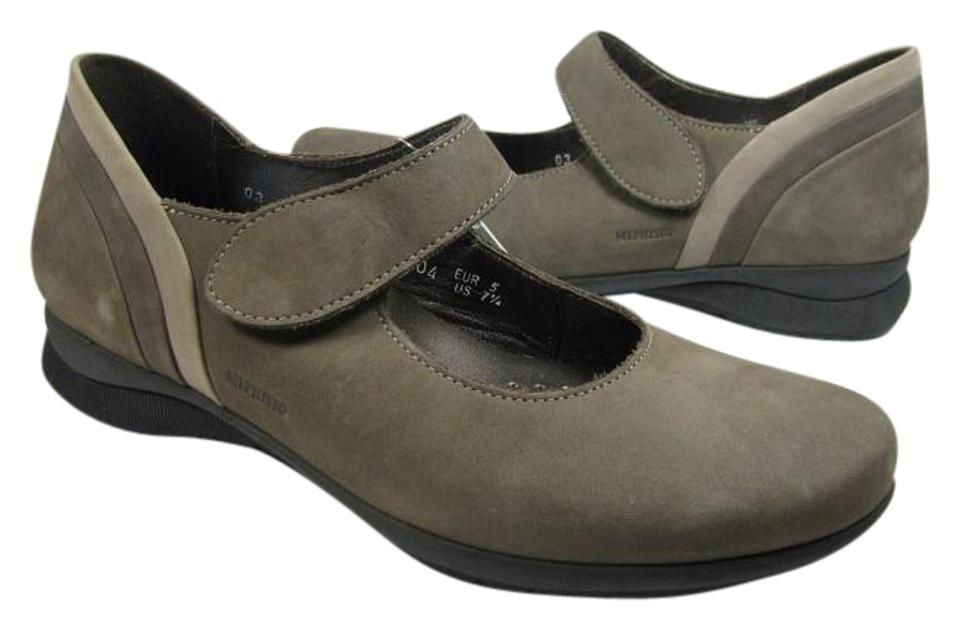 7a8a11ef13 Mephisto Taupe New Brown Tan Nubuck Mary Jane Comfort Flats Size US ...