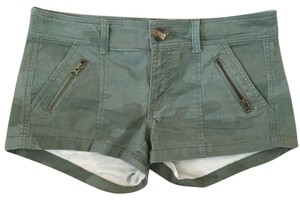 American Eagle Outfitters Mini/Short Shorts Camo