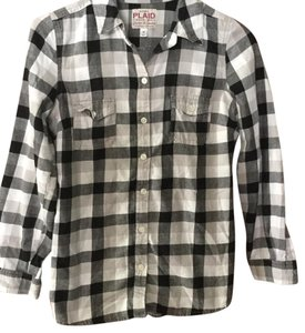 Old Navy Button Down Shirt Black and white plaid