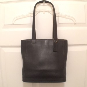Coach Leather Bucket Vintage Tote in Black