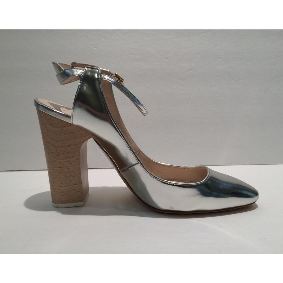 800bebeaaf0 Chloé Silver New Patent Leather Wooden Heel Slingback Pumps Size EU 39  (Approx. US 9) Regular (M