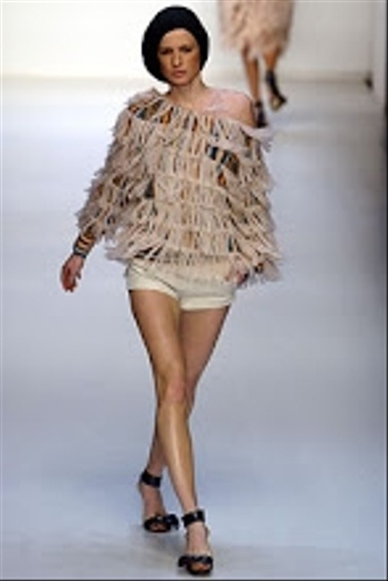 Missoni Fringed Runway Garment Made In Italy 42 Knitwear Amazing Amazing Creations Talkingfashion Parladimoda Rtw Fw 02 Sweater
