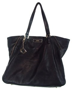 DKNY Soft Leather Bryant Park Tote in Black
