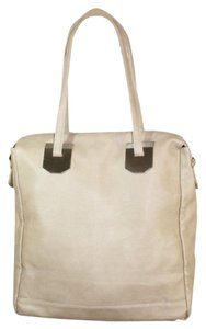 Romeo & Juliet Couture Tote in Beige