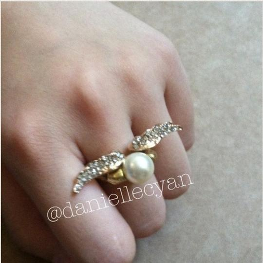 Other Skull pearl ring Image 1