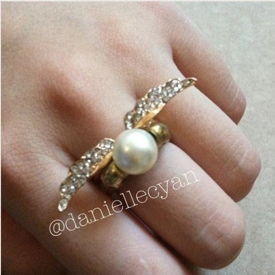 Other Skull pearl ring