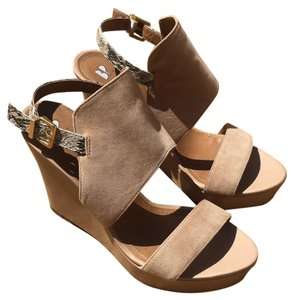 BP. Clothing Tan/beige Platforms