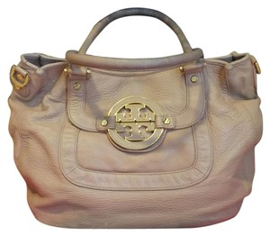 Tory Burch Tote in Nude/light pink