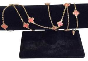 Other Four Leaf clover with genuine coral necklace