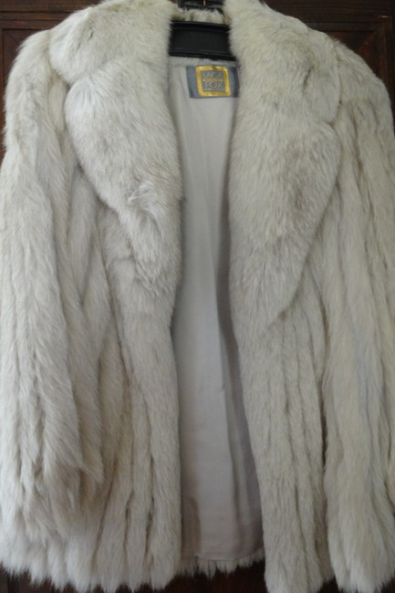 Item - Beige Fox Fur Jacket Coat Size 8 (M)