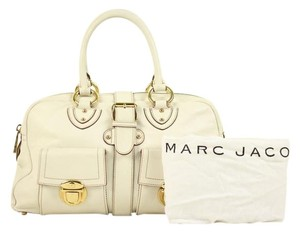 Marc Jacobs Satchel in white