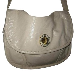 Marc by Marc Jacobs High-end Bohemian Large And Roomy New With Bold Gold Hardware Messenger/cb/hobo Cross Body Bag