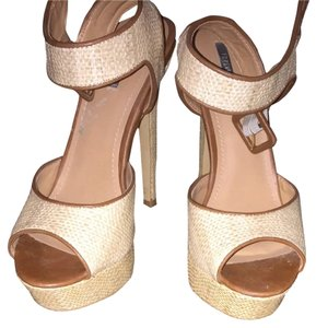 Forever 21 Tan Sandals