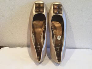 Cole Haan All Leather Nikeair Sole Gold Flats