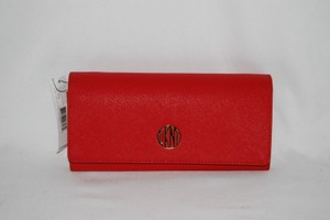 DKNY Dkny Donna Karan Bryant Park Crimson Red Saffiano Leather Phone Xbody Wallet