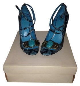 SOLD BCBGeneration Turquoise & Black Pumps