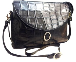 Bettina Satchel in Black
