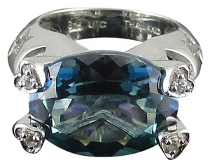 10.05ct Teal Topaz Sterling Ring - Size 5