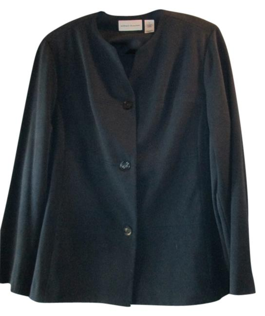 Preload https://item2.tradesy.com/images/alfred-dunner-navy-blue-pant-suit-size-16-xl-plus-0x-1811731-0-0.jpg?width=400&height=650