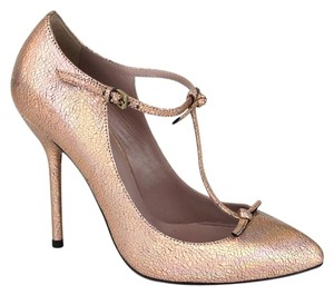 4287ea279bc Gucci Crackled Metallic Leather Salmon 5702 Pumps