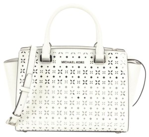 Michael Kors Crossbody Tote Selma Medium Satchel in White Silver