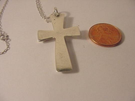 Modern Vintage VINTAGE LARGE HEAVY CAST CUT STERLING SILVER 7.1 GRAMS CROSS PENDANT NECKLACE 16 1/8