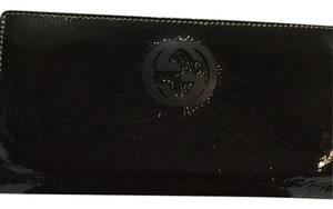 Gucci Gucci Black Patent Leather Bi-Fold Wallet