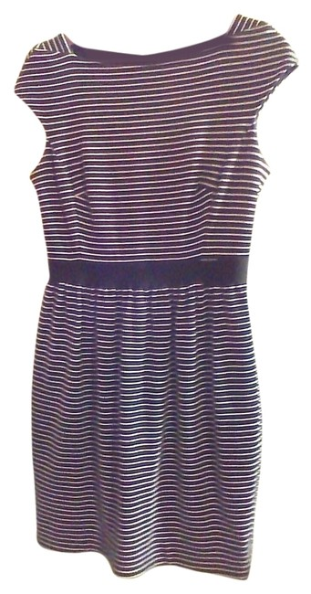 Preload https://item2.tradesy.com/images/shoshanna-black-white-stripe-sleevless-and-above-knee-workoffice-dress-size-6-s-1812226-0-0.jpg?width=400&height=650