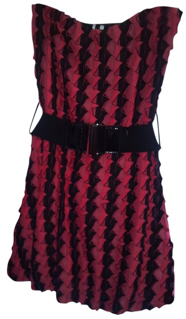 Preload https://item4.tradesy.com/images/de-colores-dress-black-and-coral-181228-0-2.jpg?width=400&height=650