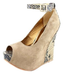 Luichiny Taupe Wedges