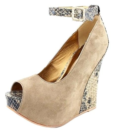 Preload https://item2.tradesy.com/images/luichiny-taupe-ex-cited-wedges-size-us-8-regular-m-b-1812361-0-0.jpg?width=440&height=440