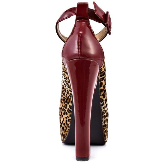Luichiny Leopard/Red Athletic Image 1