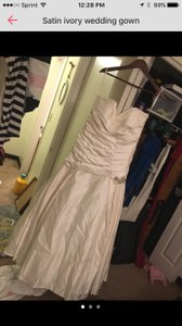 David's Bridal Sleeveless Satin Ivory Gown Wedding Dress