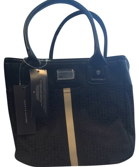 Preload https://item5.tradesy.com/images/tommy-hilfiger-classic-black-tote-1812714-0-0.jpg?width=440&height=440