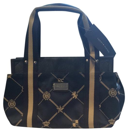 Preload https://item4.tradesy.com/images/tommy-hilfiger-classic-navy-blue-and-beige-tote-1812718-0-0.jpg?width=440&height=440