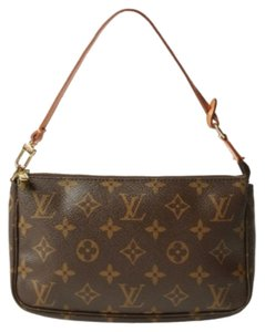 Louis Vuitton Pochette Lv Gift Brown Clutch