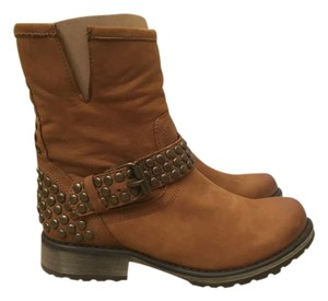 Steve Madden Leather Studded Buckled Cognac Boots