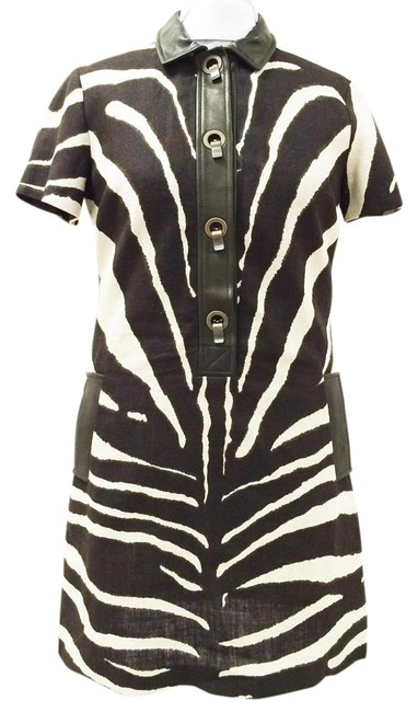 Item - Brown and White Zebra Print With Sleeves Mid-length Short Casual Dress Size 14 (L)