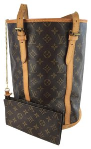 Louis Vuitton Bucket Gm Tote in Monogram