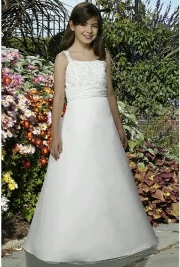 Forever Yours Ivory Size 4 Flower Girl Dress