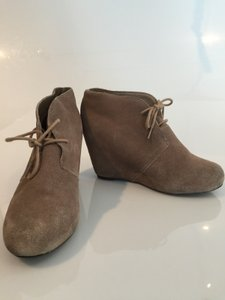 Dolce Vita Suede Wedges Beige Boots