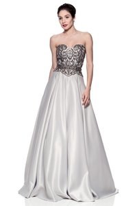 fc1ae9230680 Bicici & Coty Silver Sweetheart Ball Gown Long Formal Dress Size 12 ...