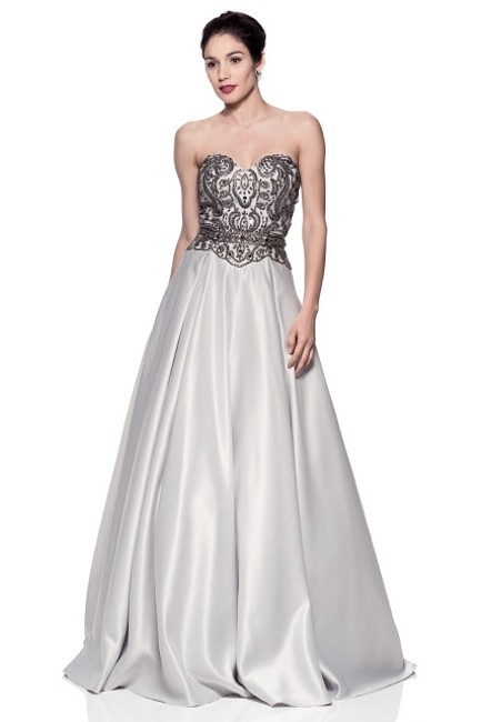 Item - Silver Sweetheart Ball Gown Long Formal Dress Size 12 (L)