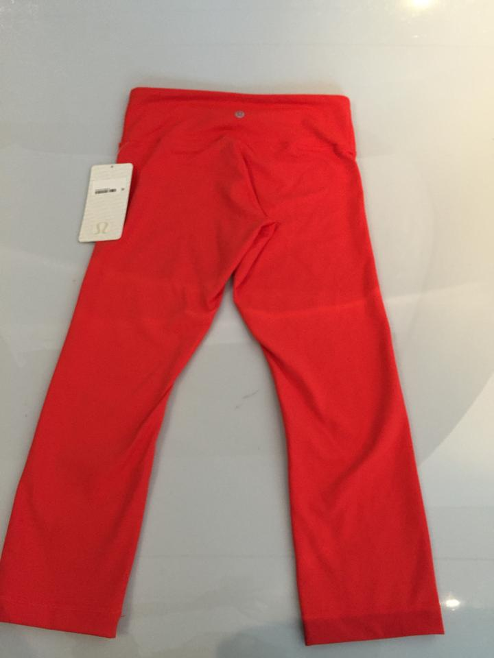 38e6c2ab7 Lululemon Lululemon Wunder Under Crop II Yoga Pants Image 7. 12345678